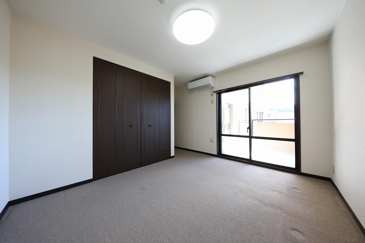 ライオンズマンション金沢山科3階
